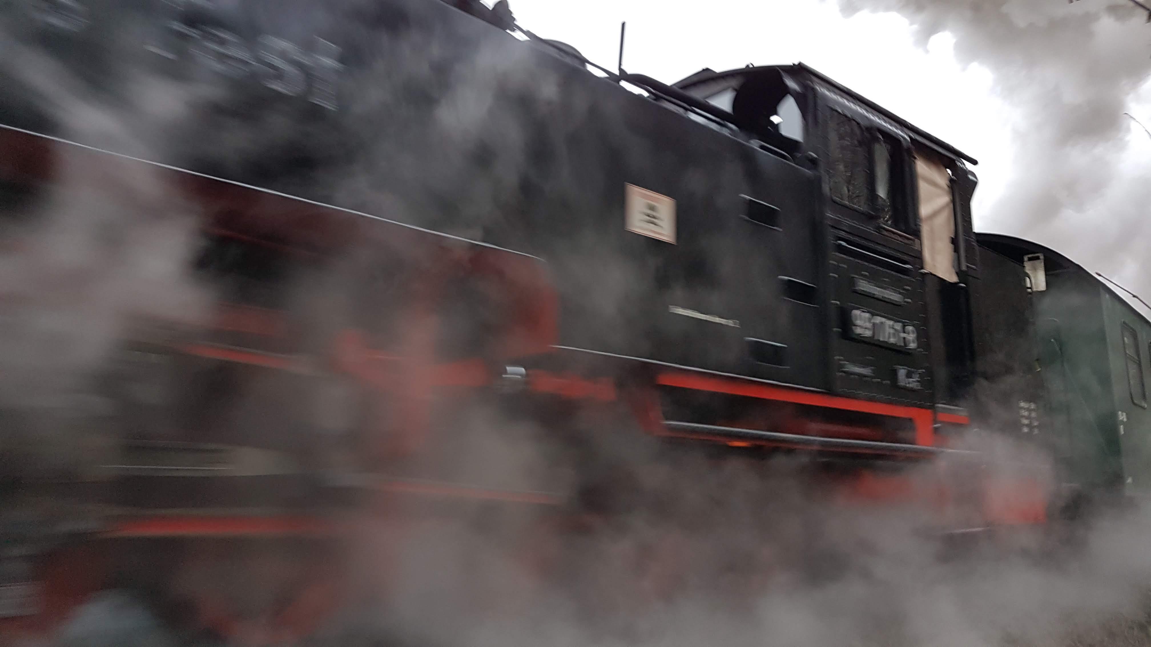 Dampflok in voller Fahrt